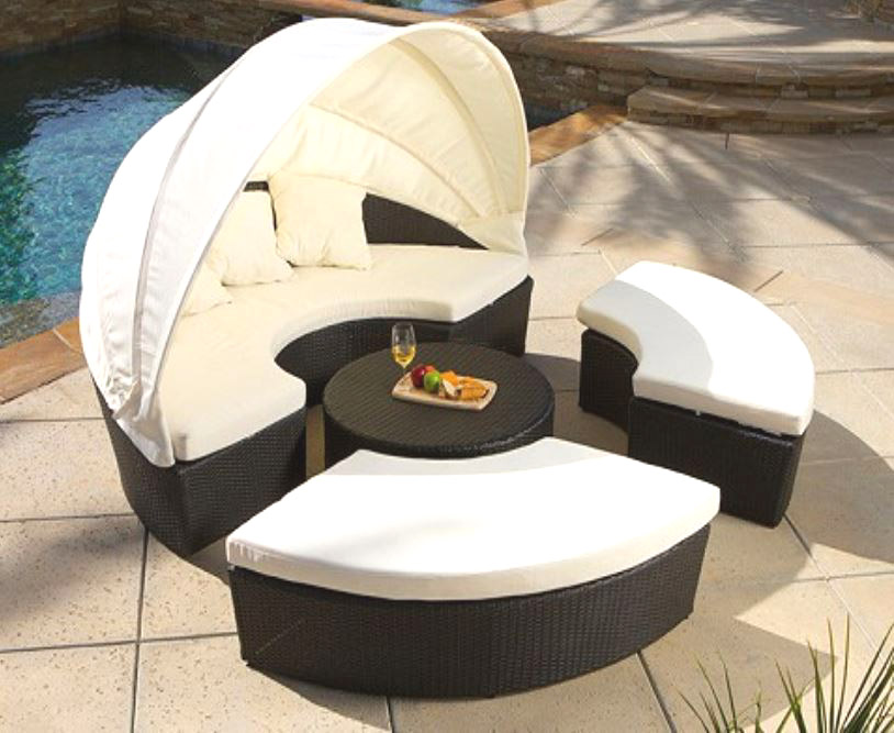 Huge wicker rattan outdoor sun lounger canopy day bed for Outdoor lounge bed with canopy